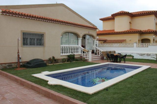 Villa Yanin con piscina