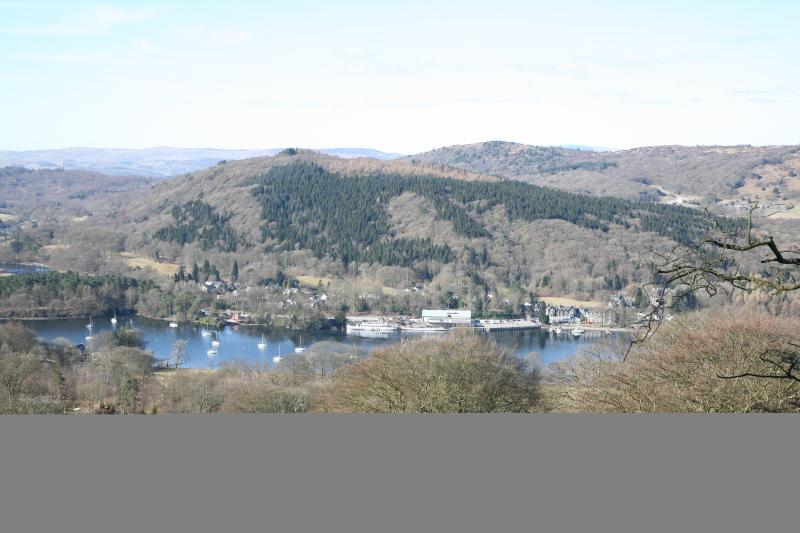 Windermere Lake from Gummers Howe - 3min drive