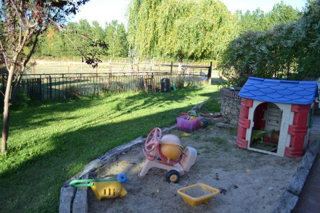 Casona azul casa de campo con piscina privada for Casa de campo con piscina privada