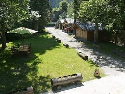 Large private enclosed garden - great for kids and BBQs
