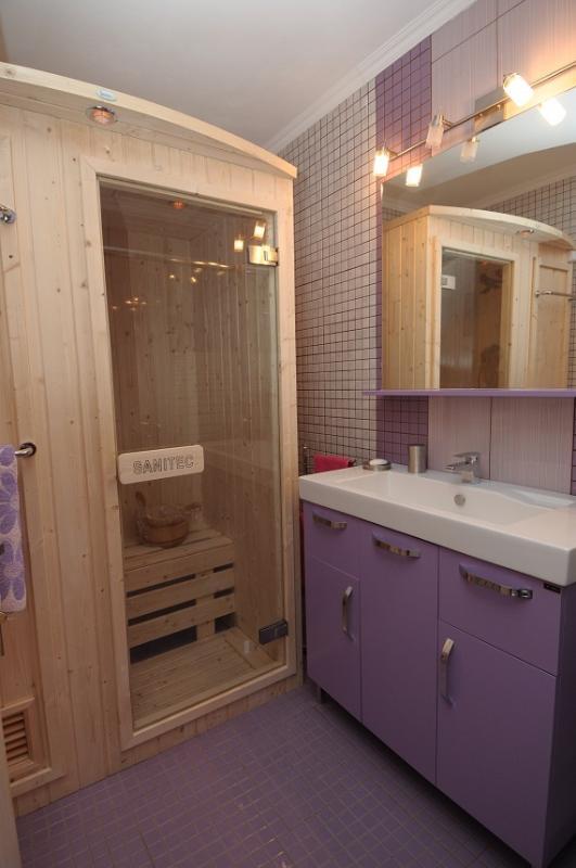 Villa Rosa 2nd bathroom and sauna