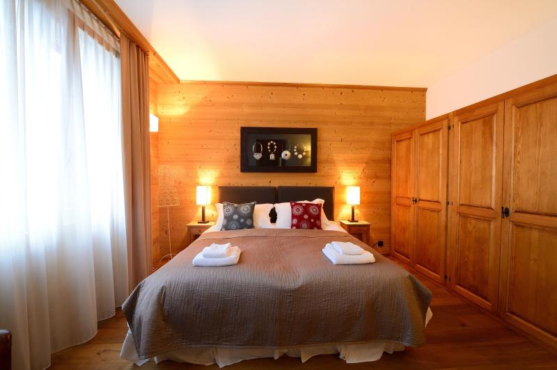 Master bedroom with superking bed