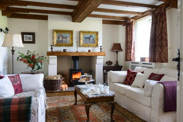 Willows` End  - the inviting lounge with woodburner