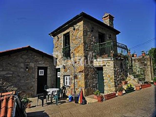 Oliveira's farmhouse near Porto/Aveiro,Portugal, holiday rental in Vale de Cambra