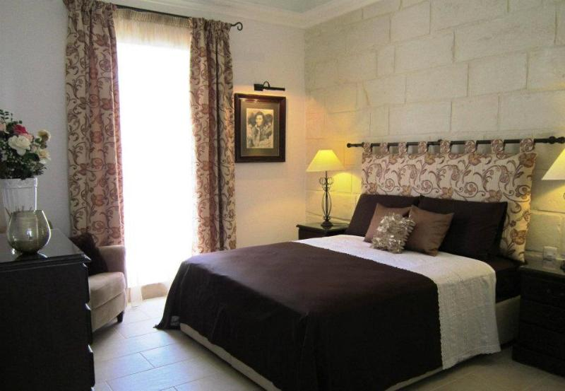 Townhouse Twenty, holiday rental in Dingli