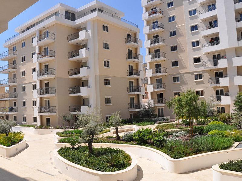 lUXURY ,Malta MOST CENTRAL ACCOMMODATION  (sleep4), location de vacances à Sliema