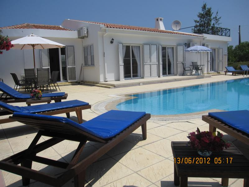 Villa Vanessa, holiday rental in Kayalar