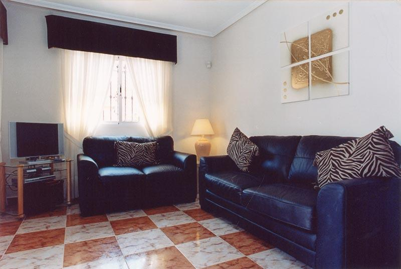 3 Bed Quad Villa, vacation rental in La Zenia