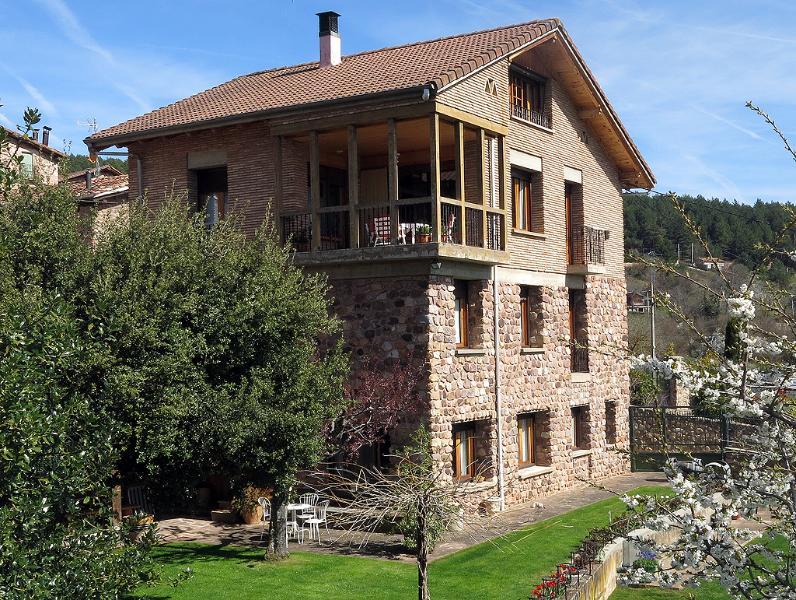 Casa Mabe, Jardin Asador, holiday rental in Pradillo