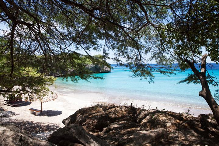 Hire a car and visit stunning beaches Curacao offers you!