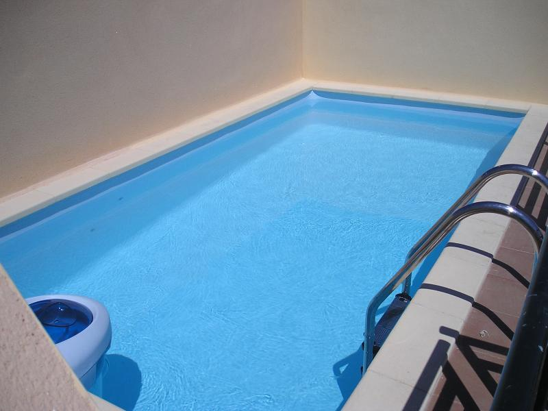 Private swimming pool on the roof terrace for yourexclusive use
