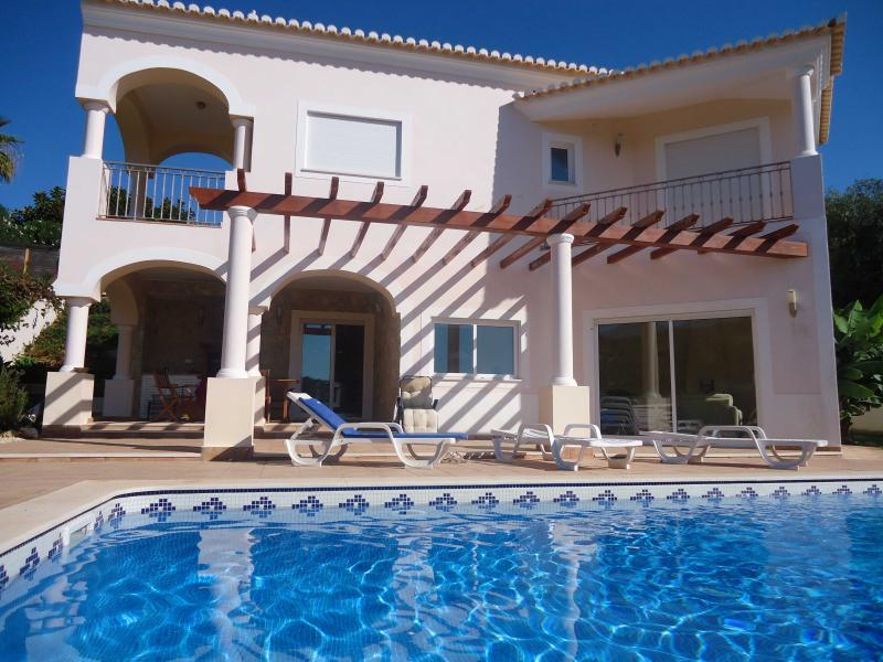Large 3/4 bedroom villa with pool, outdoor kitchen and landscaped grounds