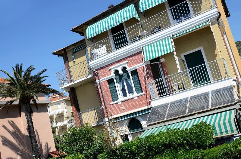 Residence Villa Alda B5 PLUS, Ferienwohnung in Ranzi
