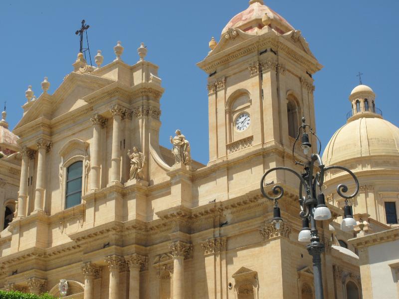 Noto - The Sicilian Baroque Town - Noto la città del Barocco Siciliano