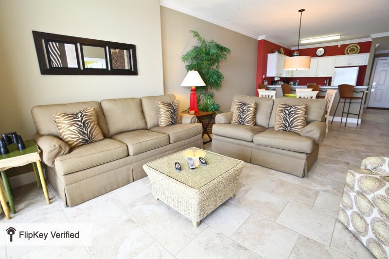 Luxury 17th floor condo at Emerald Isle, holiday rental in Panama City Beach