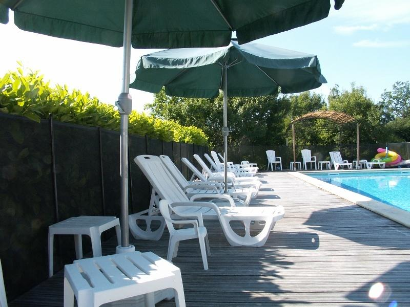 Buse - La Roche Chabrelle - North Dordogne, holiday rental in Coutures