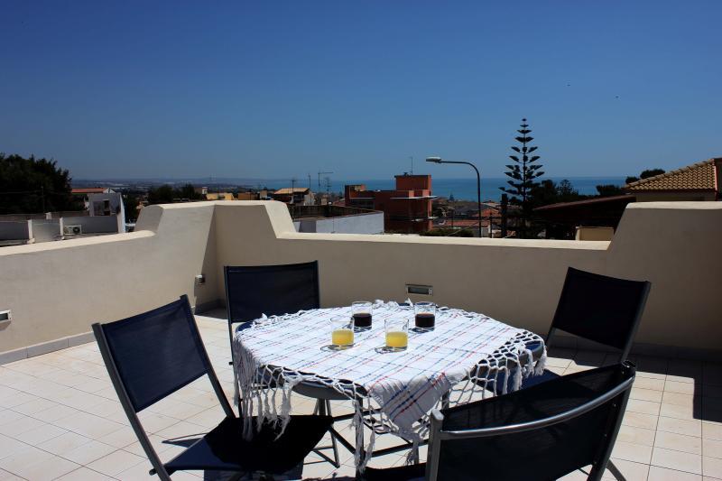Villa sul mare di Montalbano, holiday rental in Marina di Ragusa