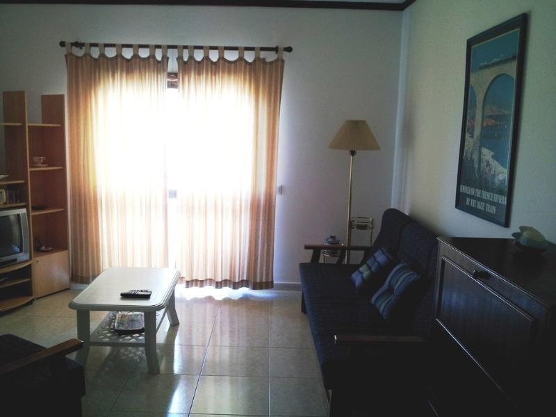 Living roomT2