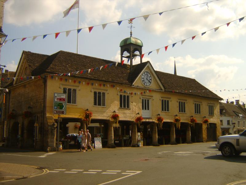 Visit the Town hall or the Highgrove Shop.Maybe relax in one of Tetbury`s cafes or restaraunts.....
