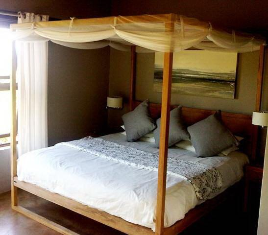 Main king bedroom