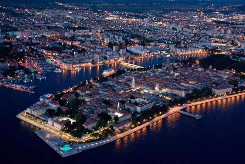 Zadar - 10min drive from apartment