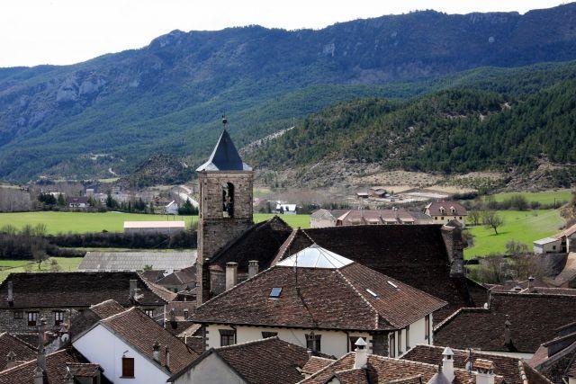 Bonita casa en Hecho, Pirineo Aragonés, casa vacanza a Hecho