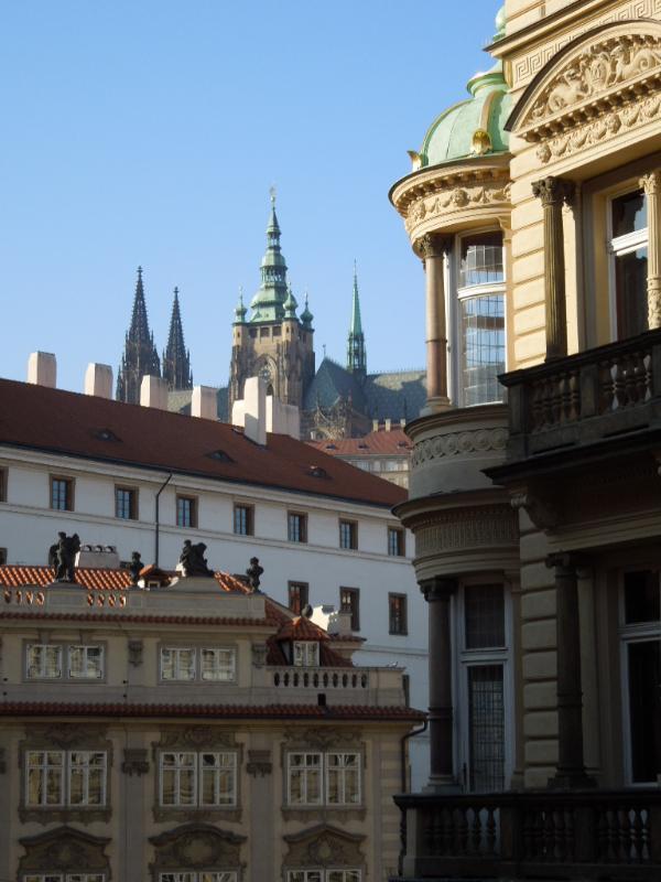 Castillo de Praga desde el pasillo de la residencia
