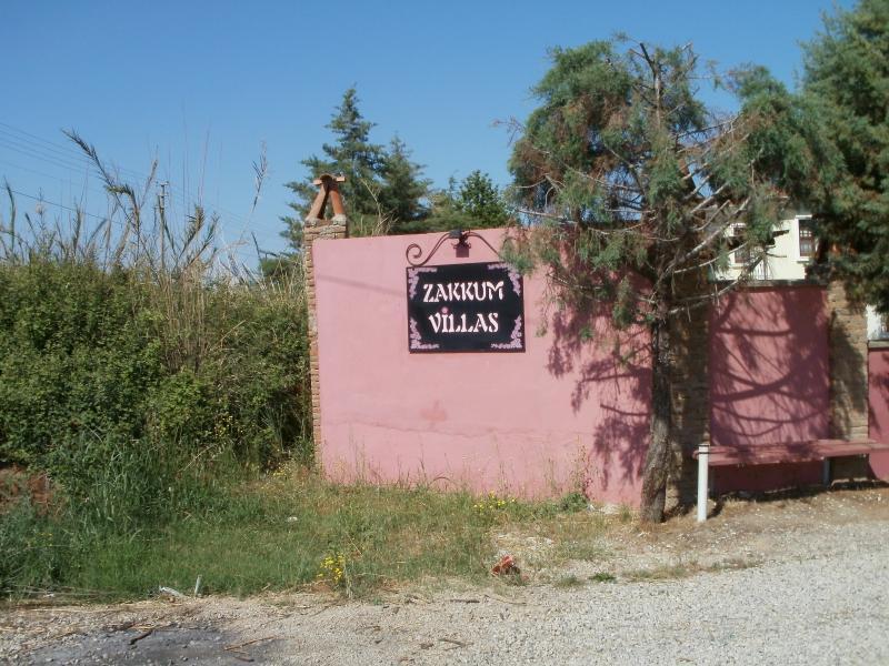 Zakum Villas