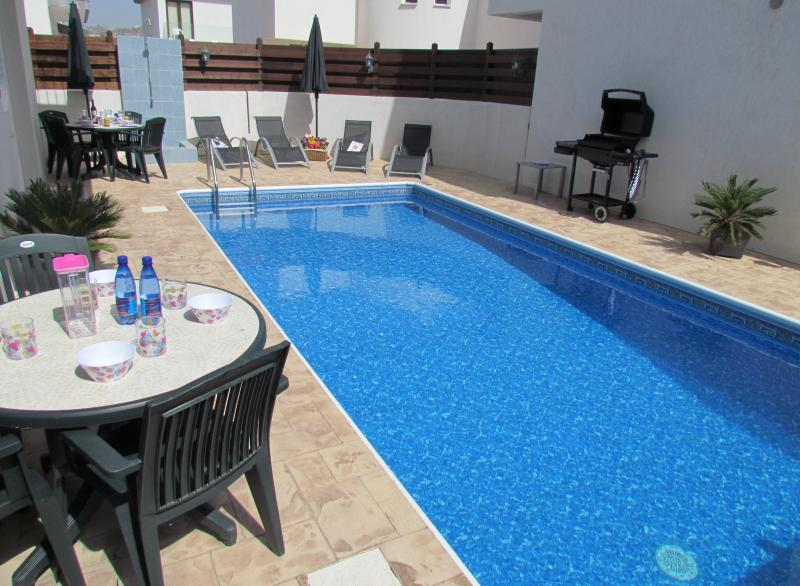 Hibiscus, holiday rental in Kornos