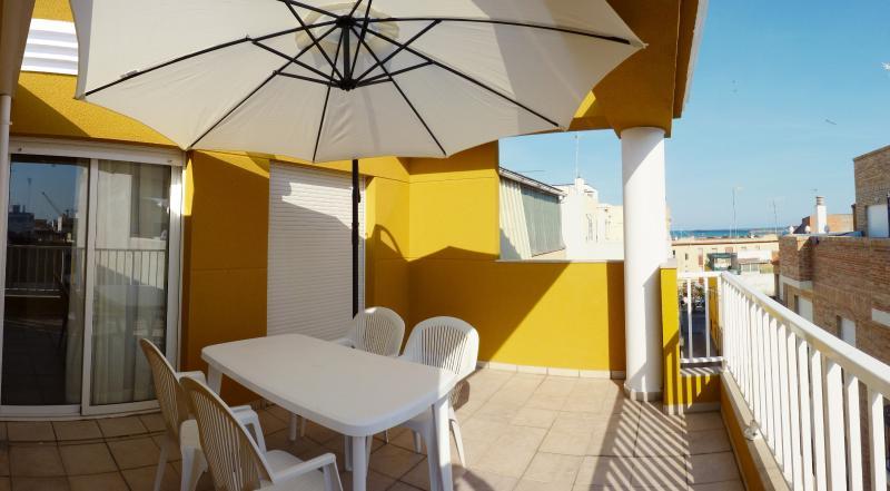 MEDITERRANIA PINAZO ATICO, vacation rental in Almenara