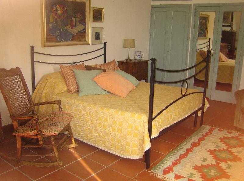 ETNA HOUSE REGINA, holiday rental in Zafferana Etnea