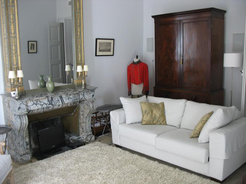Wohnzimmer - komfortable und ruhige Oase mitten im historischen Zentrum.