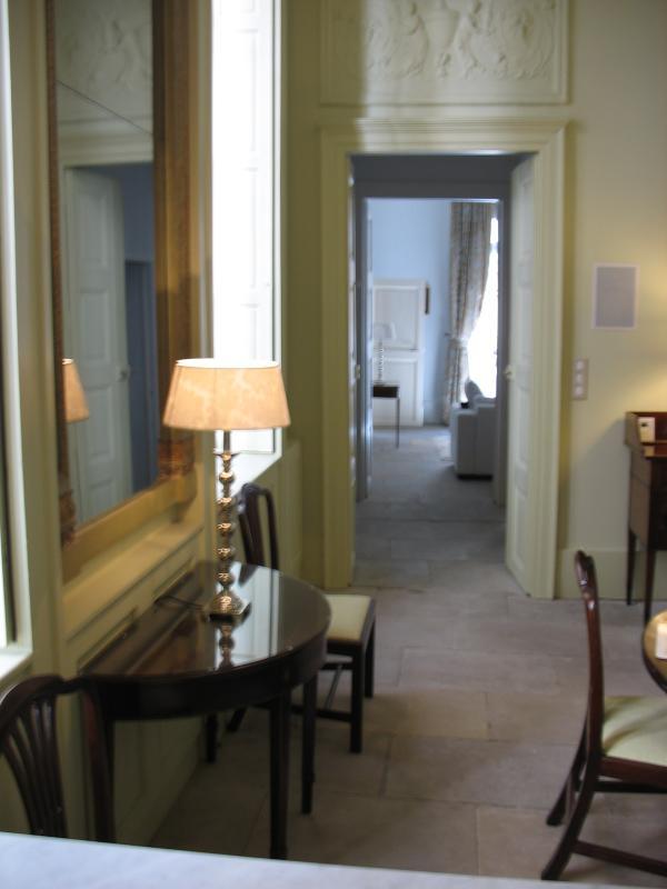 Zoek van Dining Room door naar woonkamer