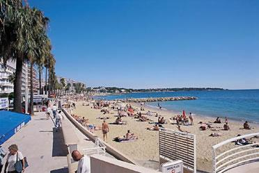 beaches of Juan les Pins
