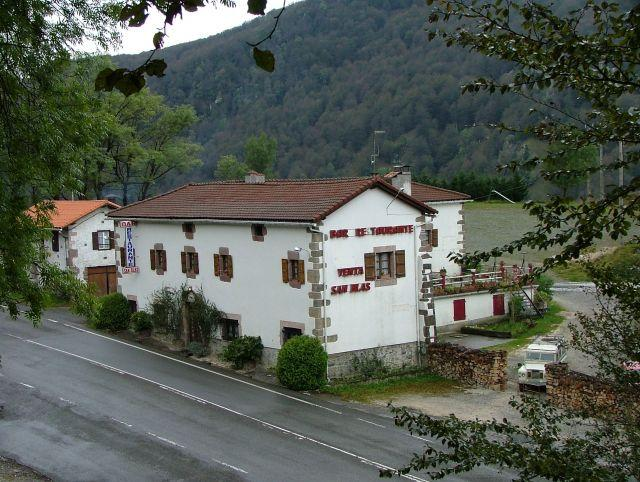 Hostal Venta de San Blas, holiday rental in Navarra
