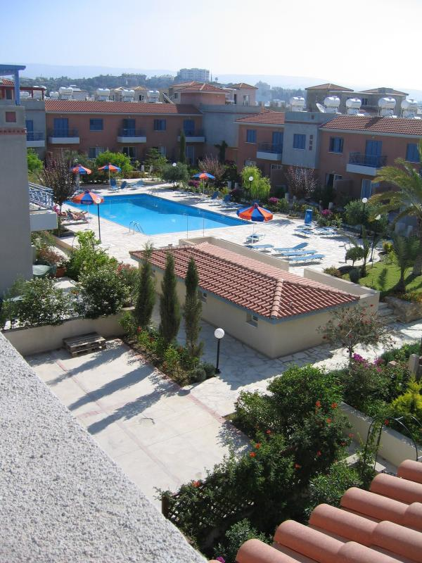 Overlook the pool as you enjoy the privacy of yor own rooftop sunbathing or the cool evening breeze