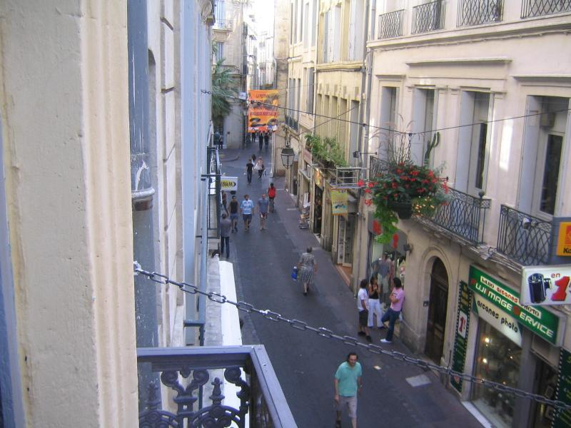 Street View van de slaapkamer en woonkamer