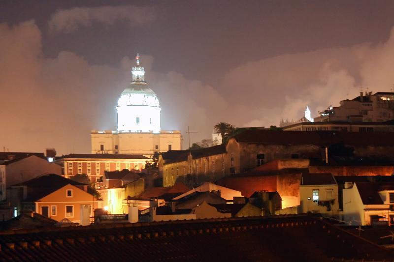 Vue depuis la terrasse, dans la nuit (Panthéon National illuminée)