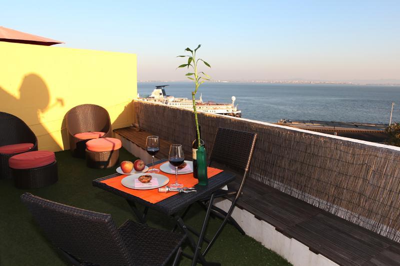 Terrasse avec meubles de jardin