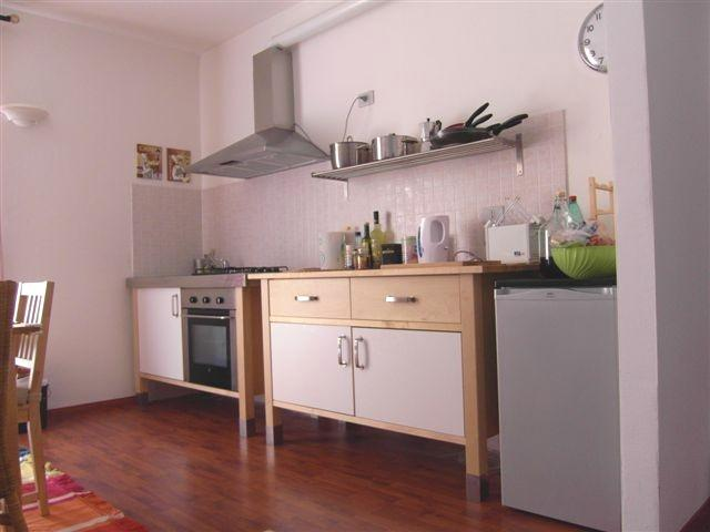 A well equipped kitchen to try out your favourite Italian recipes
