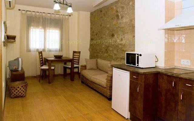 Apartamentos Rurales La Vera, holiday rental in Montserrat