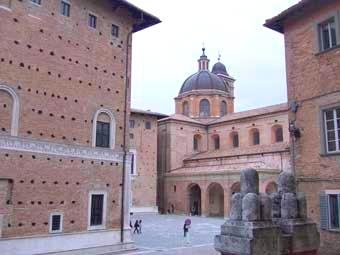 Urbino Medieval Hill Town is just a 30 minutes drive