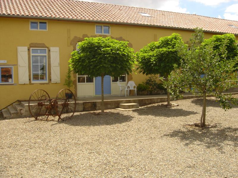 domaine tournesol, holiday rental in Riscle