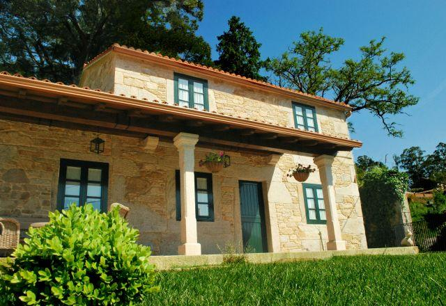 Casa Axeuxere, holiday rental in Quintans