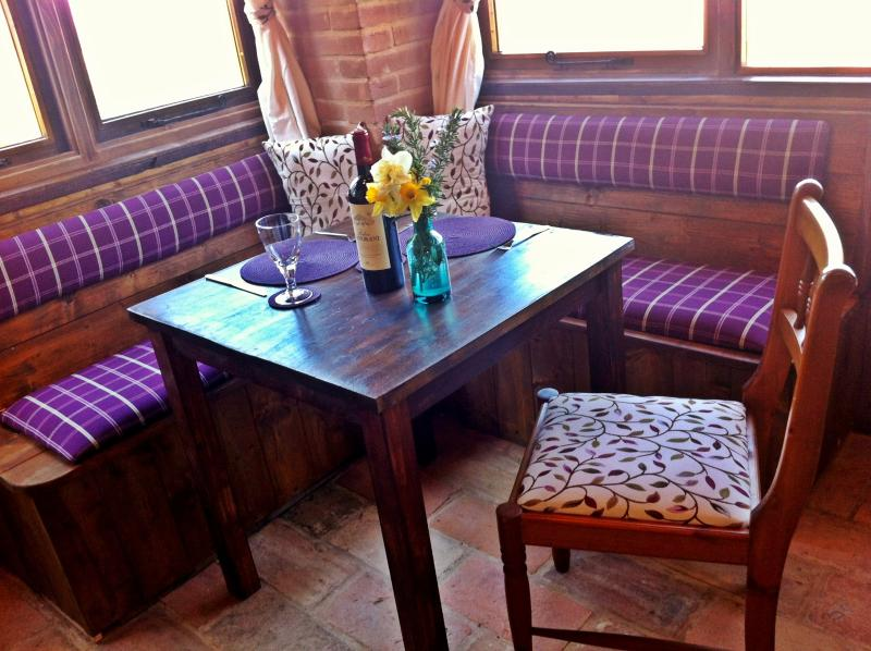 Your Stube Style Dining Area