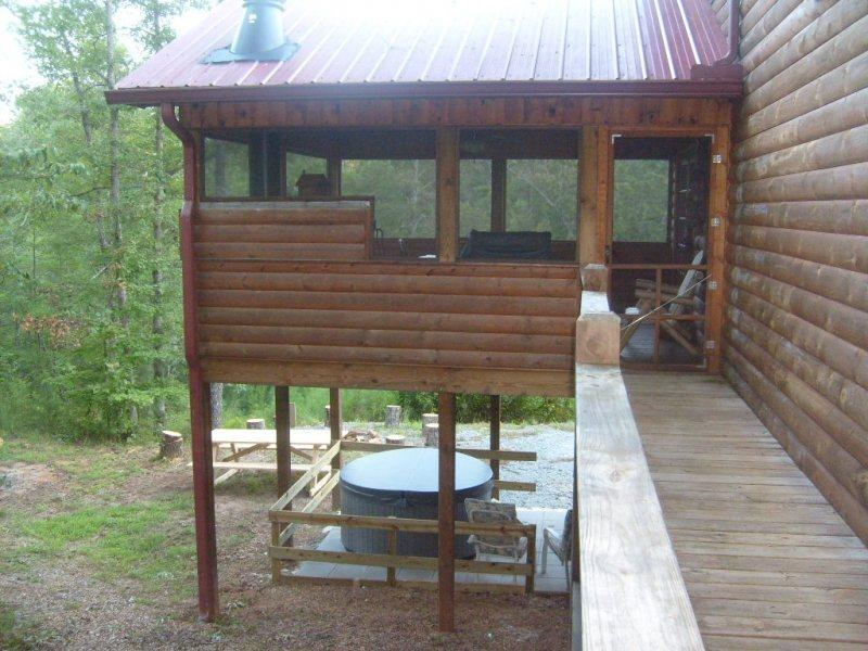 Dog Friendly Cabin Inside The Coosawattee River Resort In