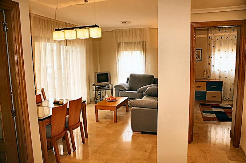 Sunny airconditioned lounge, 2nd bedroom to the right