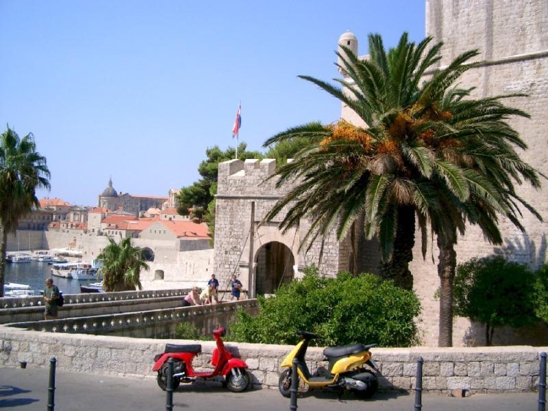 Casco antiguo de Dubrovnik - puerta Ploce