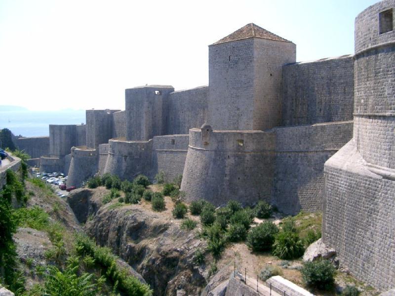 Casco antiguo de Dubrovnik - murallas de la ciudad