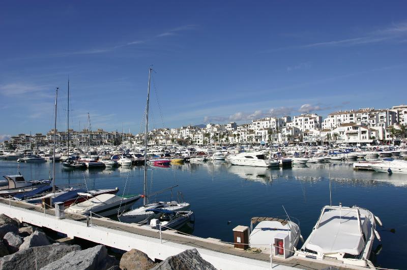Marina Puerto Banus - Luxurious yachts, cars, restaurants, bars  and boutiques just a 5 minute walk